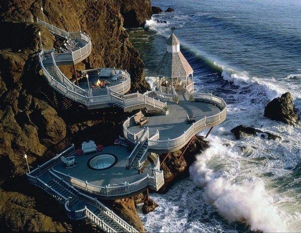 Веранда с видом на море.