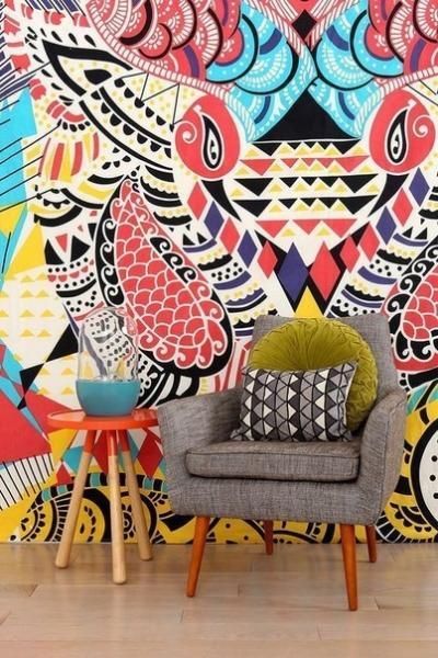 Яркое декорирование стен. А вы оформили бы так свой интерьер?