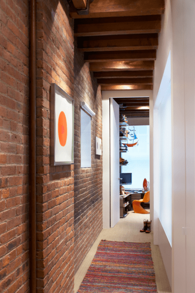 Как организовать правильное освещение в коридоре квартиры (90 фото): советы и лучшие идеи