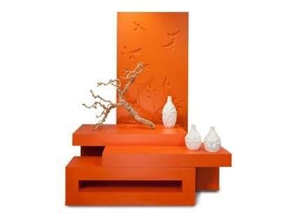 Стол консольной конструкции. Для любителей восточного стиля. Здесь и форма и цвет и
