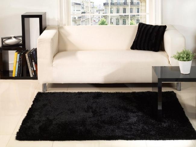 Строгость и лаконизм: выбираем идеальный черный ковер для интерьера