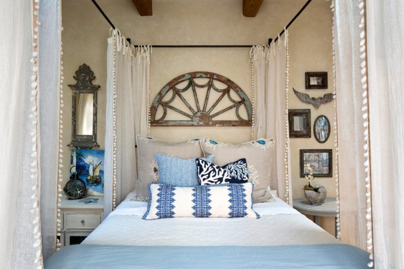 Убранство кровати в спальне