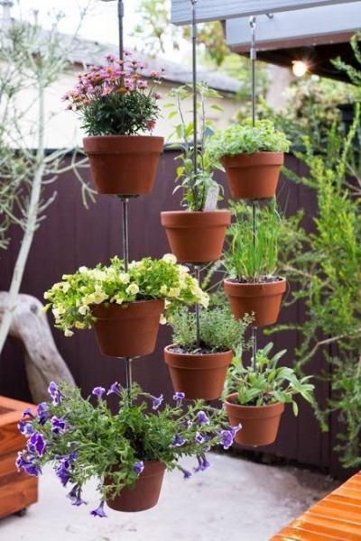 Вертикальный глиняный горшок в сад своими руками