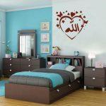 Бирюзовая спальня в интерьере дома — 50 потрясающих фото