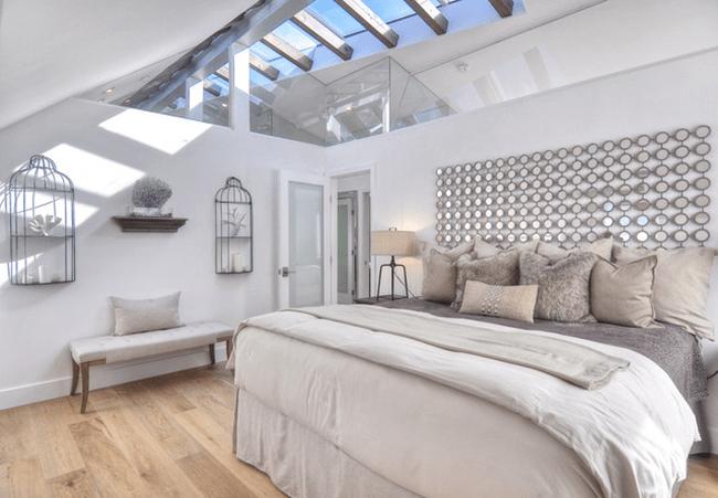 Трендовый цвет для спальни — белый глянец: 70+ современных и классических интерьеров в белоснежных тонах