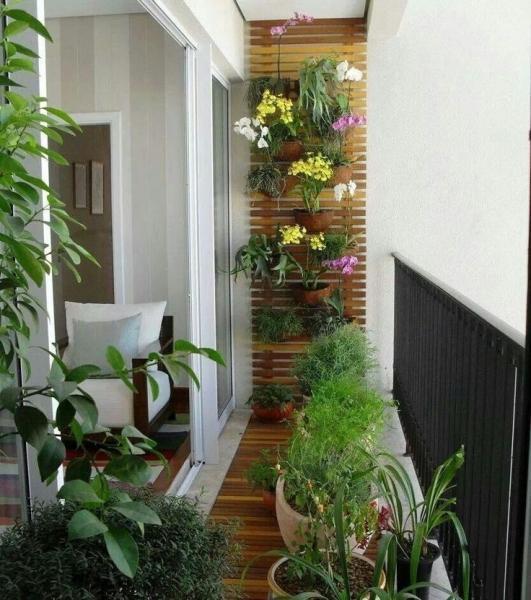 Маленький балкон: секреты правильного оформления