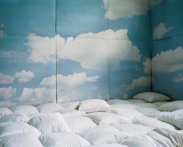 Кровать на всю комнату