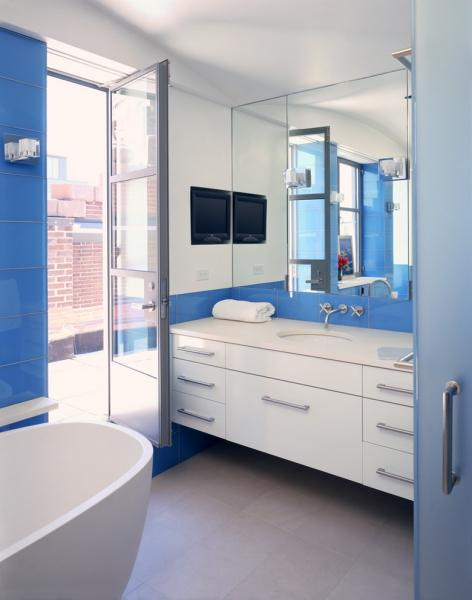 Лучшие оттенки синего в интерьере ванной