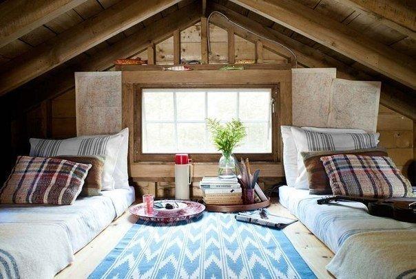 Отличная идея как сделать из старого, заброшенного чердака хорошую спальню