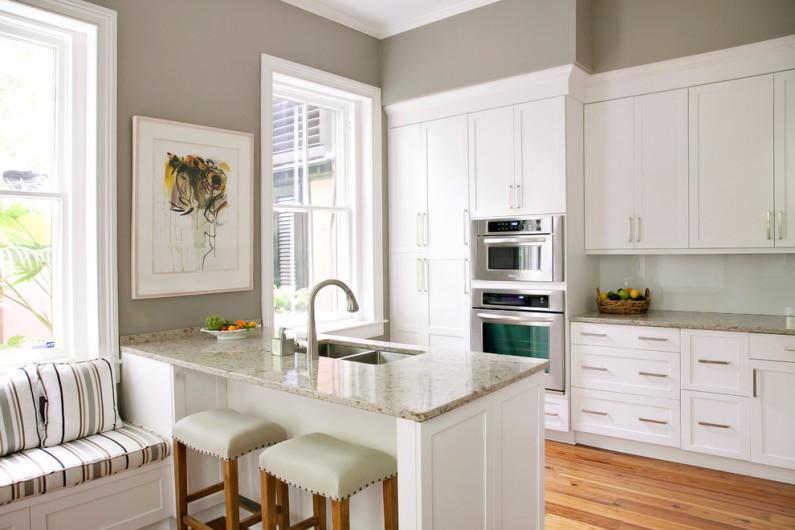 Как оформить интерьер кухни в частном доме