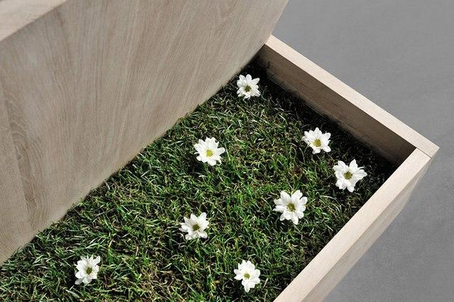 Кровать SOMNIA немецкой компании Vitamin Design. Оригинальной деталью и изюминкой модели