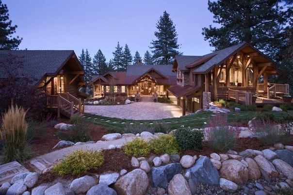 Job's Peak Ranch Residence by Locati Architects