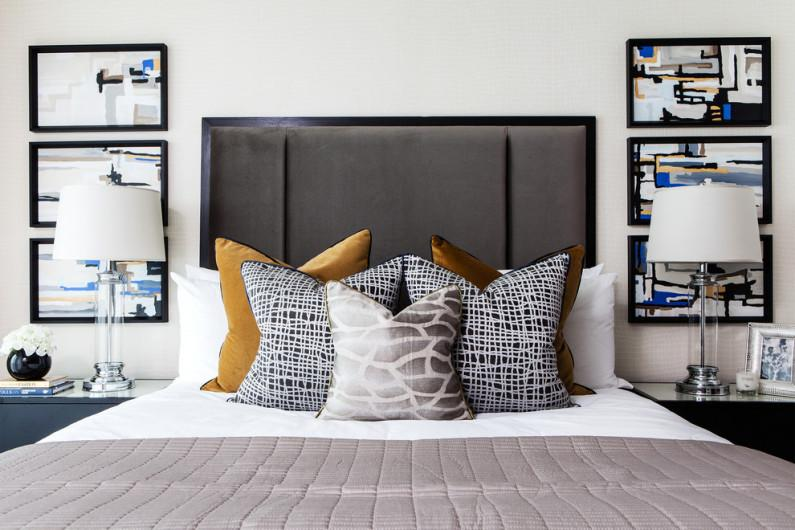 Как разложить подушки на кровати: 10 элегантных вариантов
