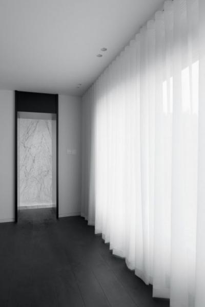 Как сделать длинную гостиную визуально более пропорциональной