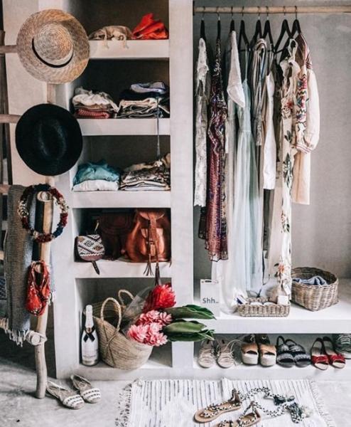 4 идеи для маленькой гардеробной