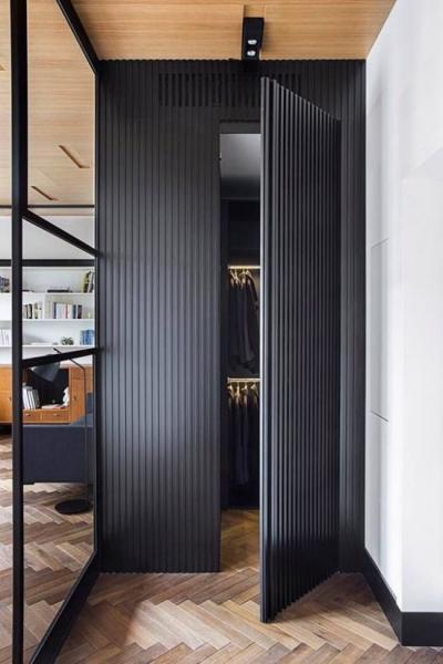 Зачем нужны потайные двери в интерьере и как их скрыть