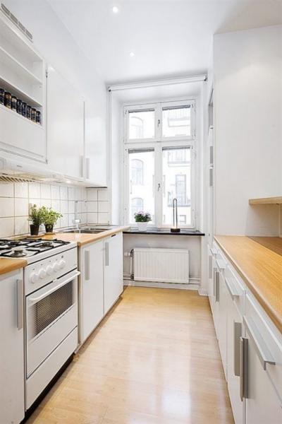 Узкая кухня: секреты комфортного оформления
