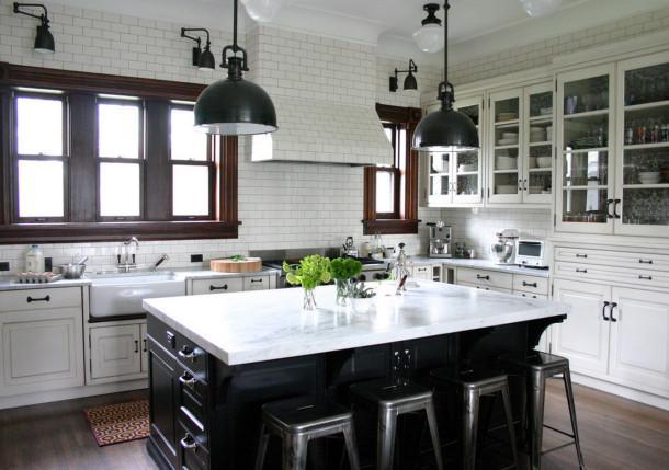 Как вписать барную стойку в дизайн кухни