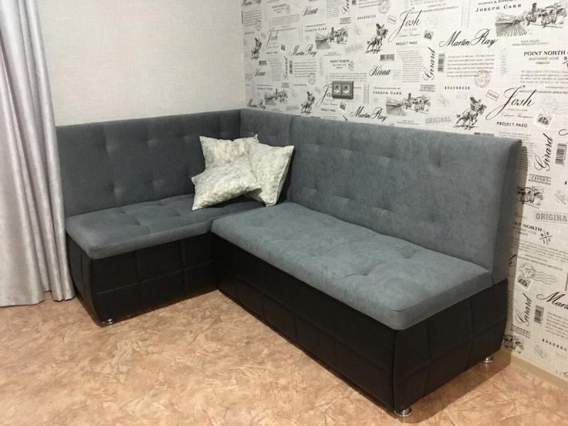 Угловой диван на маленькой кухне — нет ничего невозможного