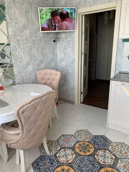 Уютный ремонт для небольшой кухни (пример)