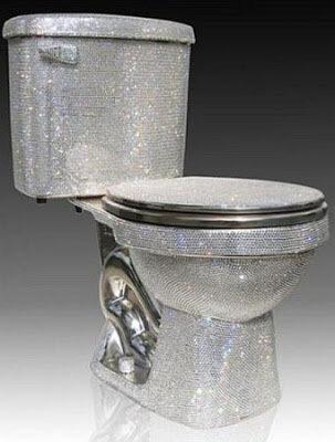 Эти туалеты будут преследовать гостей в кошмарных снах