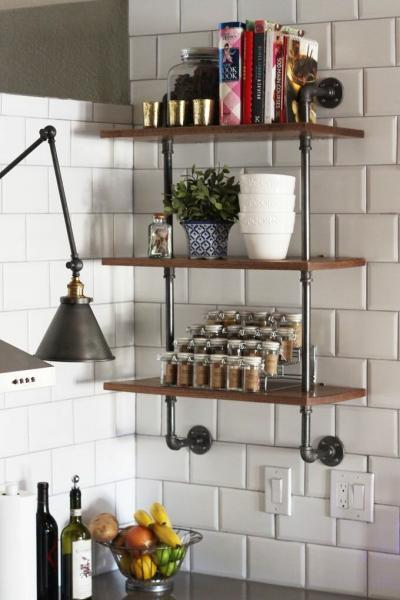 Что делать с лишними трубами на кухне?