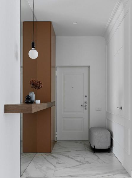 Узкая прихожая: примеры оформления в российских квартирах