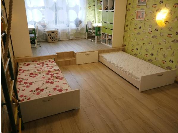 Сделал подиум в детской. Теперь гораздо больше места в комнате