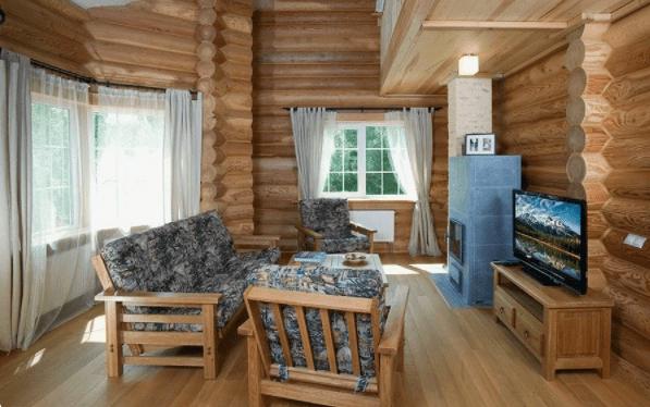 Классная планировка дома из оцилиндрованного бревна: второй свет и 4 спальни