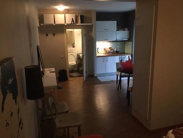 3 идеи, которые помогают уместить в маленькой квартире-студии больше (даже отдельную спальню)