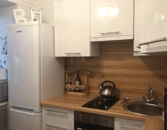 Кирпичная кухня и ничего лишнего на 5 квадратных метрах