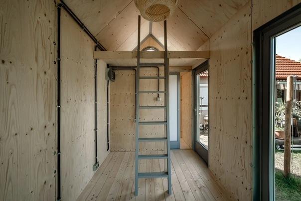 Маленький дом без излишеств для любителей неприхотливого быта