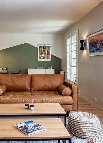 Не гостиная, а «коридор» какой-то! 6 приёмов по обустройству узкой длинной гостиной