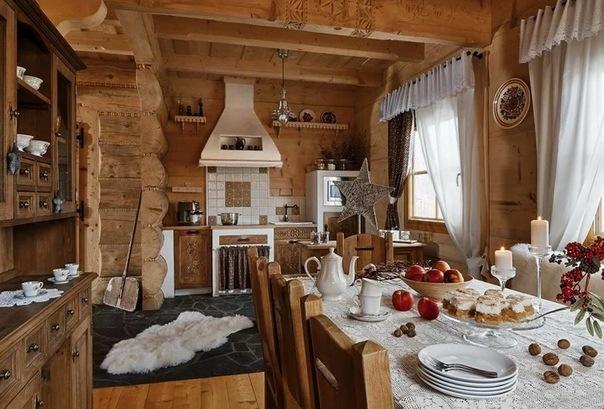 Дом из бруса в бежевых тонах жены путешественника: интерьер с душой, где всегда ждут