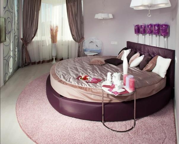Круглая кровать: эффектный способ преобразить свою спальню
