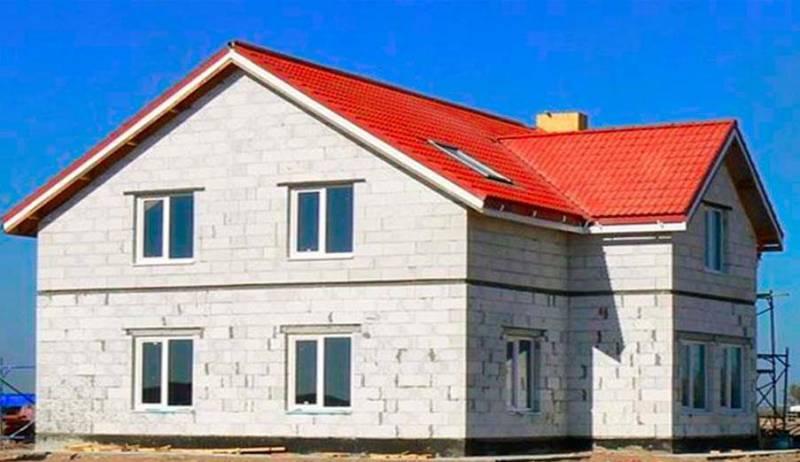 Отделка здания из различных материалов