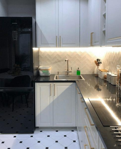 Небольшая квартира с роскошным ремонтом: сделали всё стильно