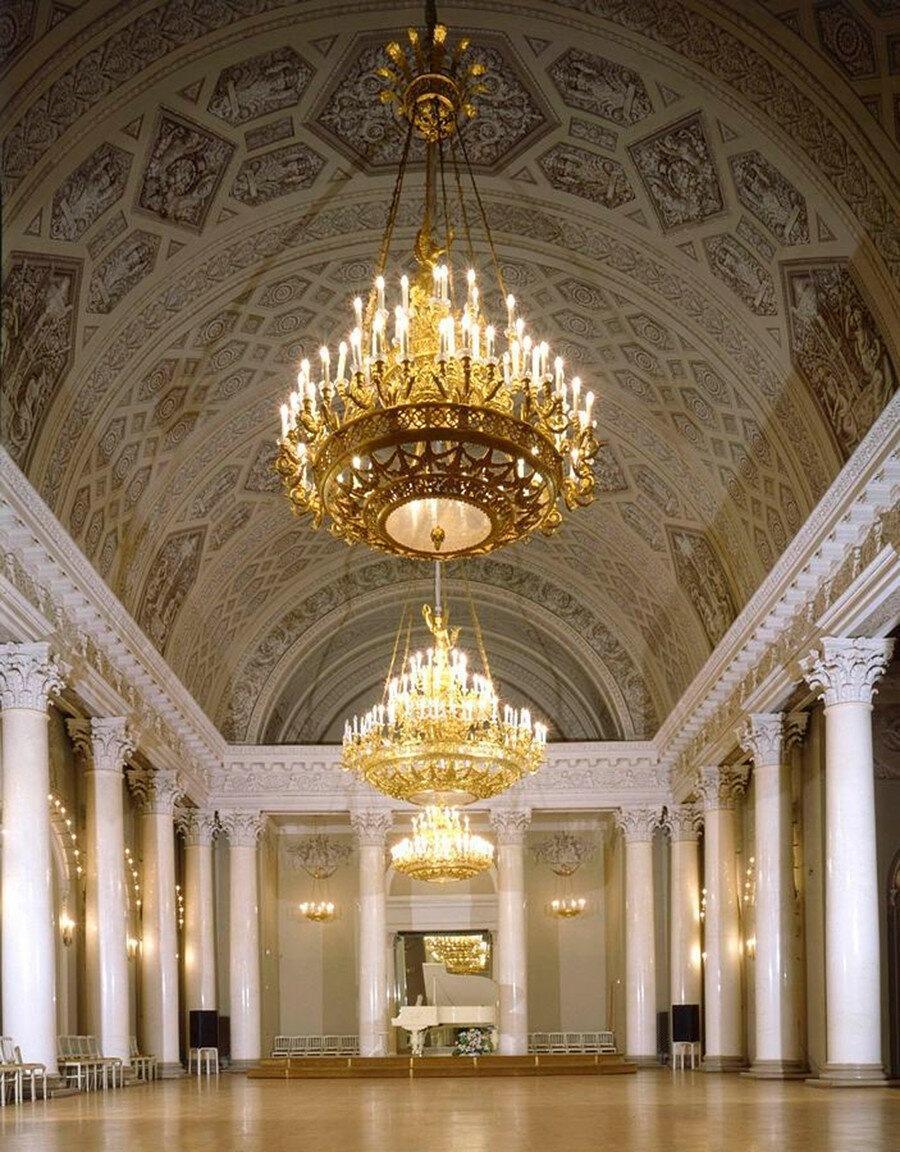 Юсуповский дворец: Один из самых роскошных особняков Петербурга