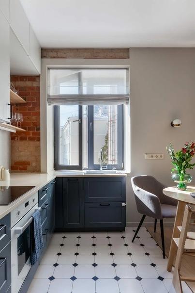 Квартира в конструктивистском доме, 90 м²