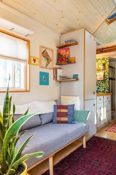 Дом площадью 13,5 м2, где всё есть: гостиная и прихожая, спальня, кухня и санузел! Прекрасные идеи для каждого