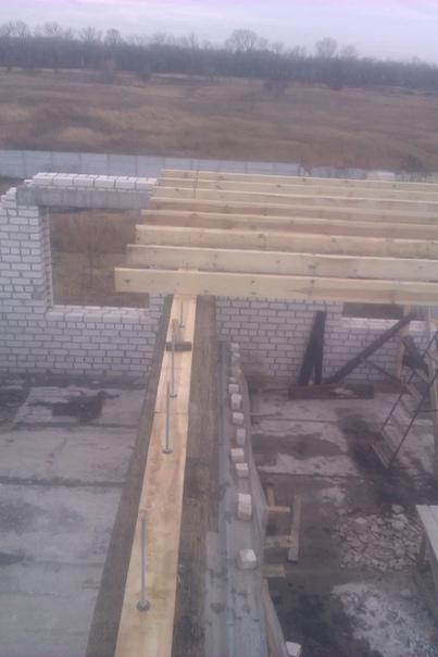 Перекрытие мансардного этажа деревянными балками, какие нюансы нужно учесть, самостоятельное выполнение работ