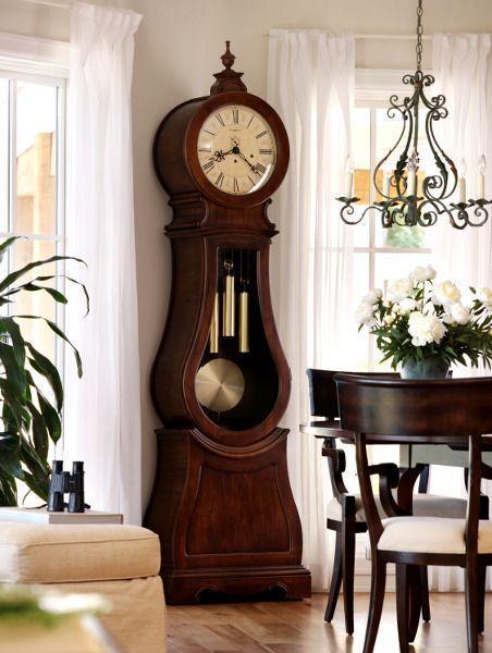 Часы в интерьере - практичный гаджет или украшение?
