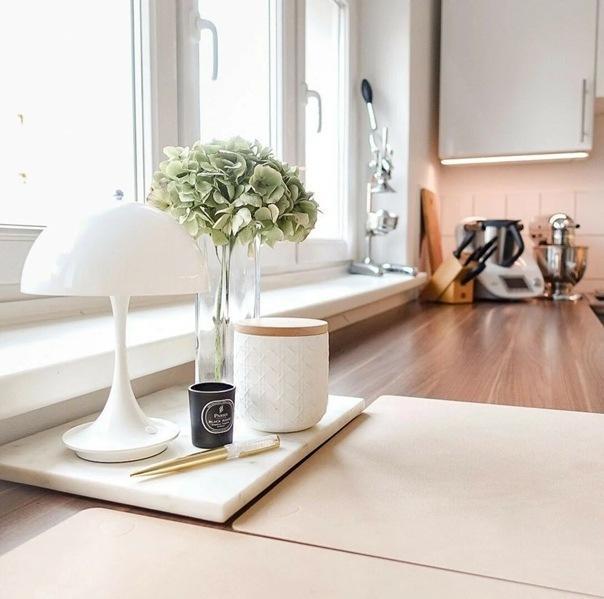 Как оформить маленькую кухню и принимать гостей с удобством: 6 идей