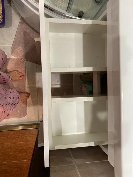 Не всякая мебель для хранения вещей подойдет в крохотную ванную: что в итоге мне удалось приобрести