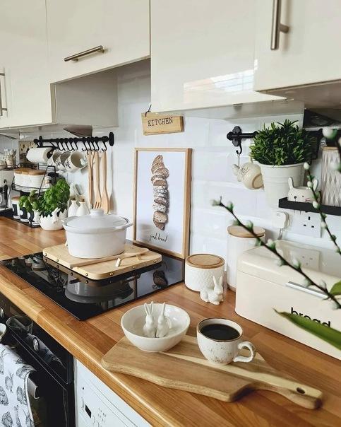 5 элементов декора кухни, которые испортят интерьер и чем их лучше заменить