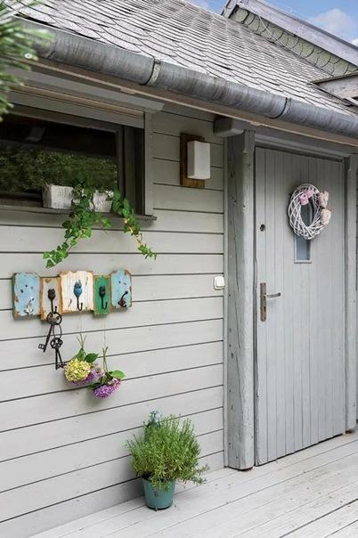 Дом, который растет вместе с семьей. Купили дом у друзей и пристроили помещения. Интерьер уютного дома семьи с детьми