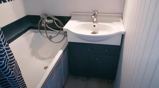 Сделали бюджетный ремонт ванной комнаты на 2 квадратах за 1,5 тысячи рублей!