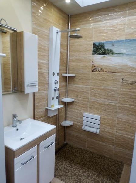 Пересмотрели ванные у всех знакомых – ни у кого не понравилось. И вот нашли то, что надо, в магазине