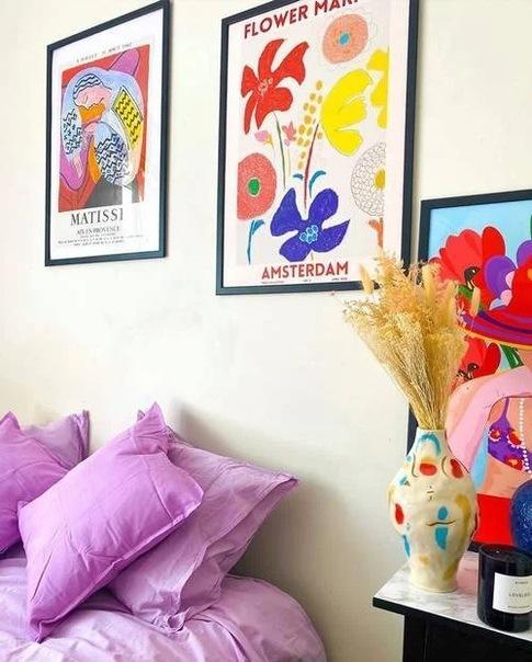 Без ламбрекенов и зеркальных потолков: как сейчас модно украшать квартиры
