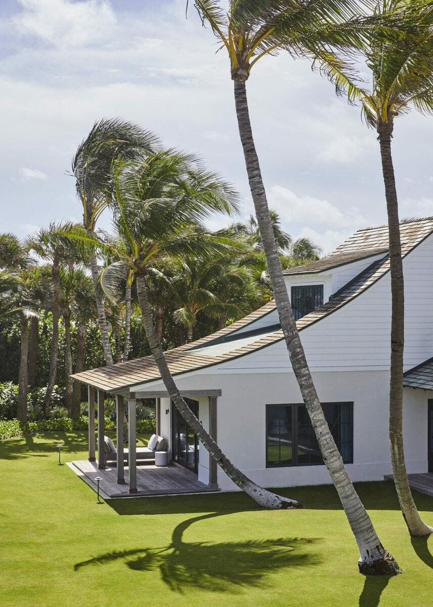 Дом во Флориде с интерьером в стиле ваби-саби